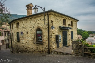 Arquà Petrarca - Farmacia