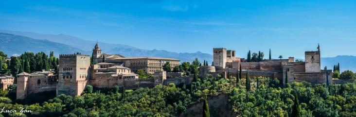 Granada - Alhambra vista dal Quartiere dell'Albayzin